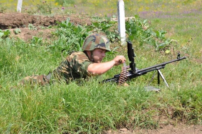 Forces armées moldaves 1244