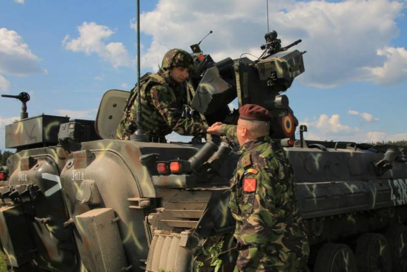 Armée Roumaine/Romanian Armed Forces/Forţele Armate Române - Page 7 1500