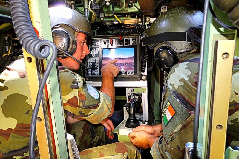 Armée Irlandaise/Irish Armed Forces - Page 2 2183