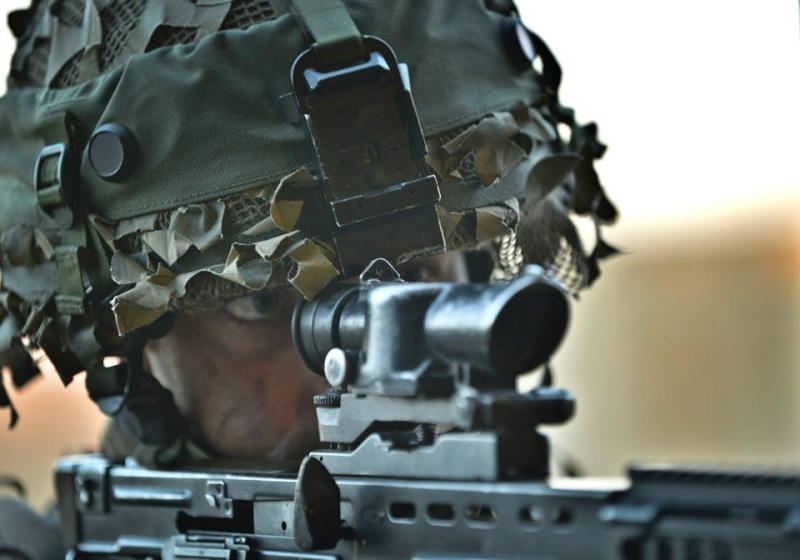 Armée Britannique/British Armed Forces - Page 20 2369