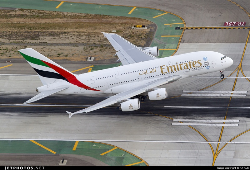 Airbus A380 - Page 2 332