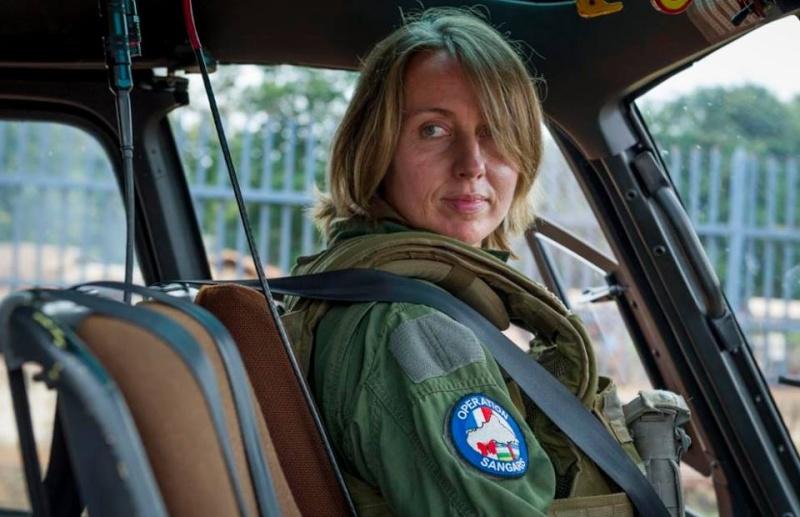 soldates du monde en photos - Page 7 3399