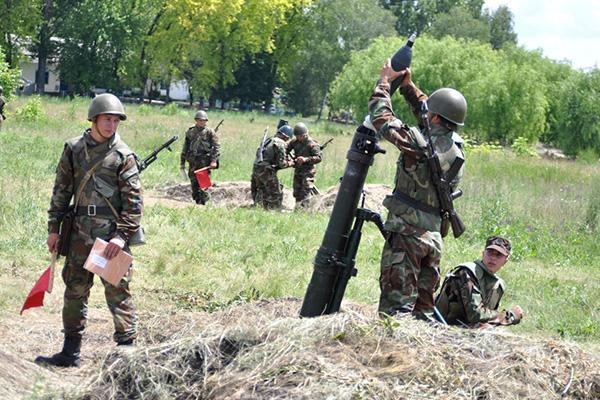 Forces armées moldaves 353