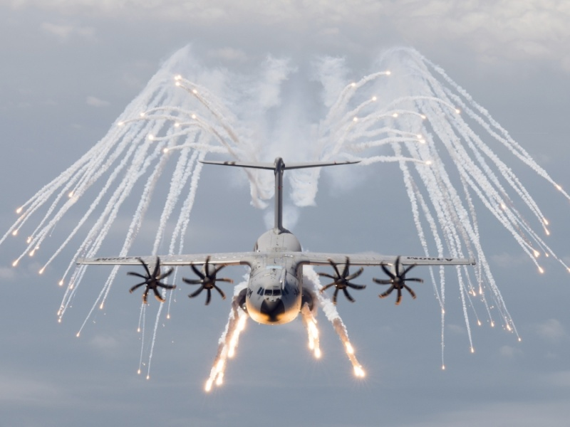 Airbus A400M - Page 13 389