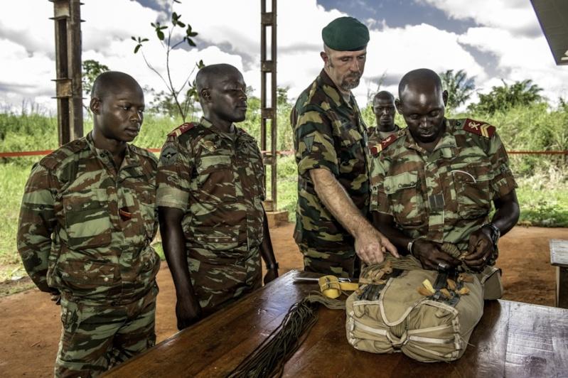 L'Armée du Bénin 4274