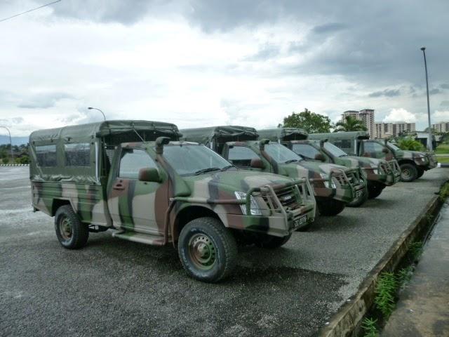 Force de défense du Timor oriental /  The East Timor defence force  477