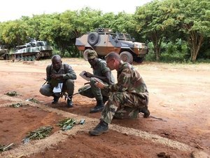Forces Armées Togolaises / Togolese Armed Forces - Page 2 482