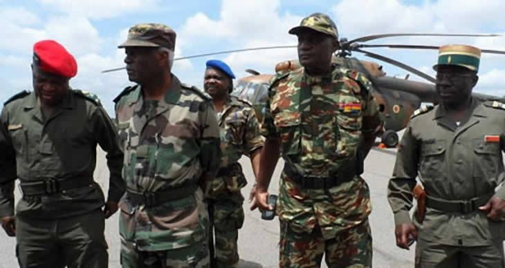 Forces Armées Camerounaises - Page 3 5252