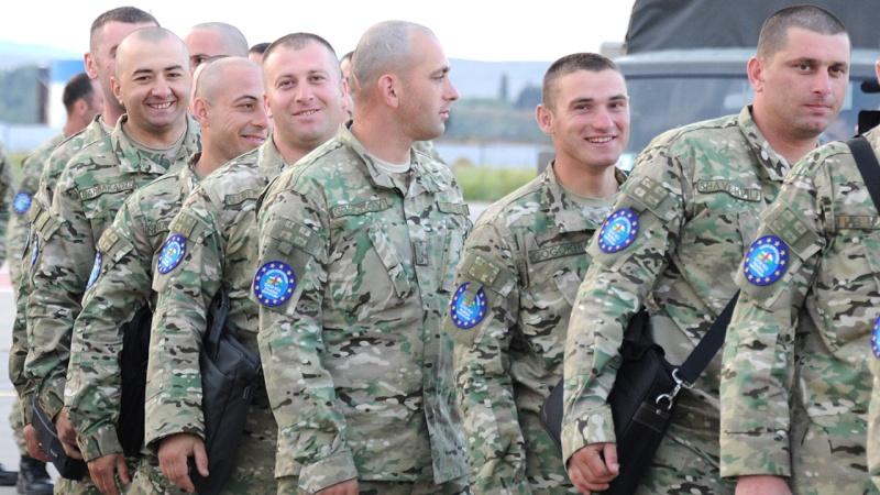 Armée Géorgienne - Page 2 652