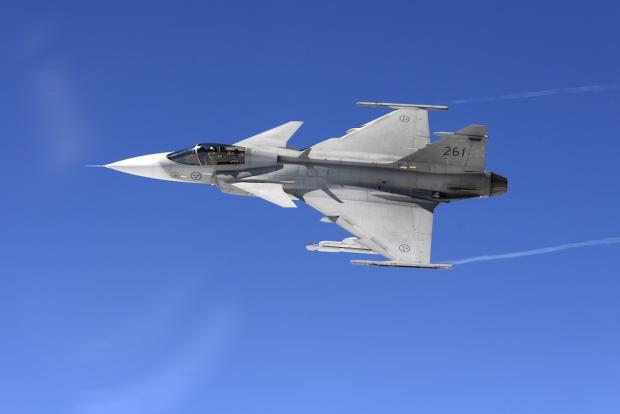Saab: présentation du futur Gripen - Page 2 656