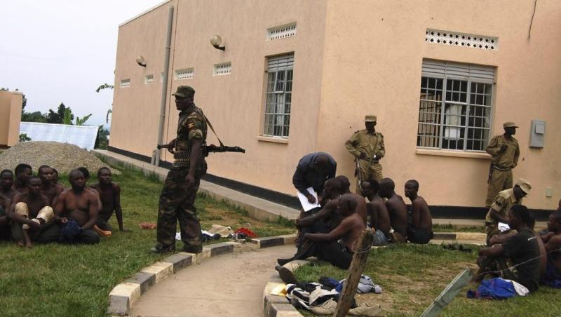 Armée Ougandaise/Uganda Peoples Defence Force (UPDF) - Page 4 8129