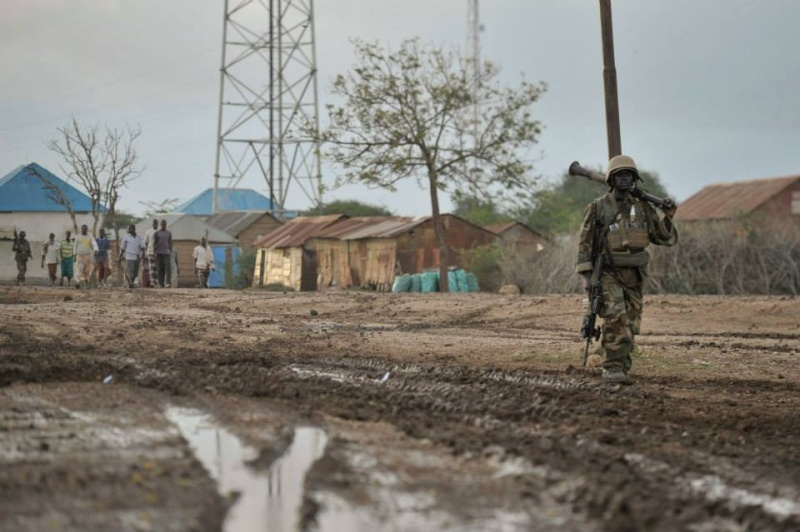 Armée Ougandaise/Uganda Peoples Defence Force (UPDF) - Page 4 8202