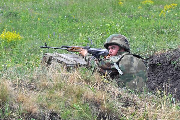 Forces armées moldaves 832