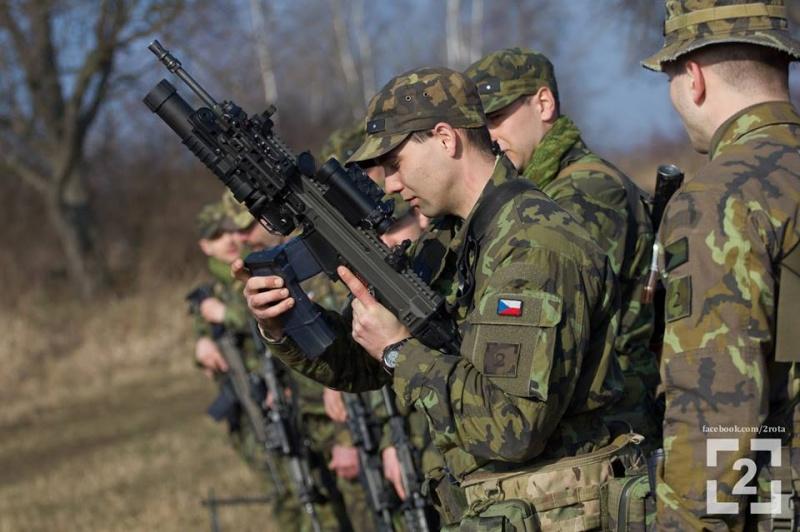 Armée tchèque/Czech Armed Forces - Page 5 925
