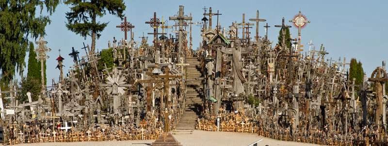 Si vous voulez voir des croix... Hillof16