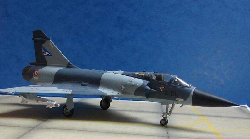 Mirage 2000-C  [Heller - 1/72] Dsc00113
