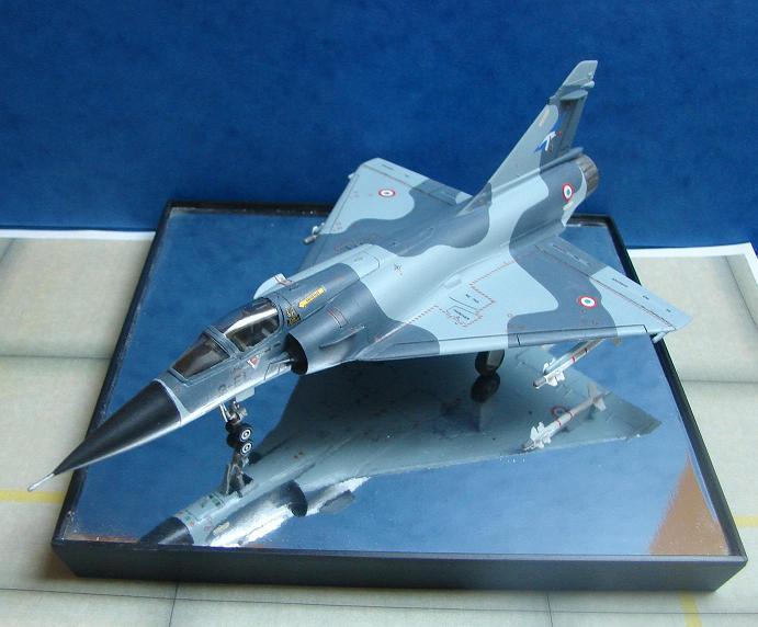 Mirage 2000-C  [Heller - 1/72] Dsc00115