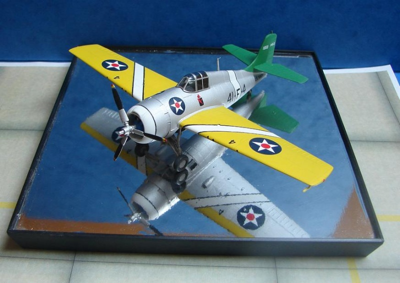 F4F-3 Wildcat  [HobbyBoss - 1/72] Dsc00116