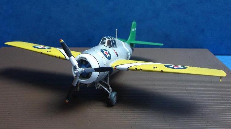 F4F-3 Wildcat  [HobbyBoss - 1/72] Dsc00119