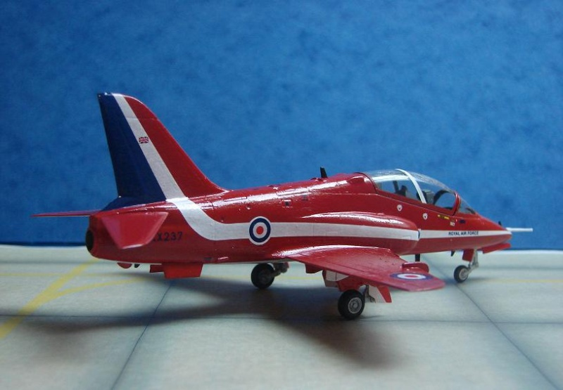 "BAe Hawk T. Mk I ""Red Arrows"" [Revell - 1/72] Dsc00121"