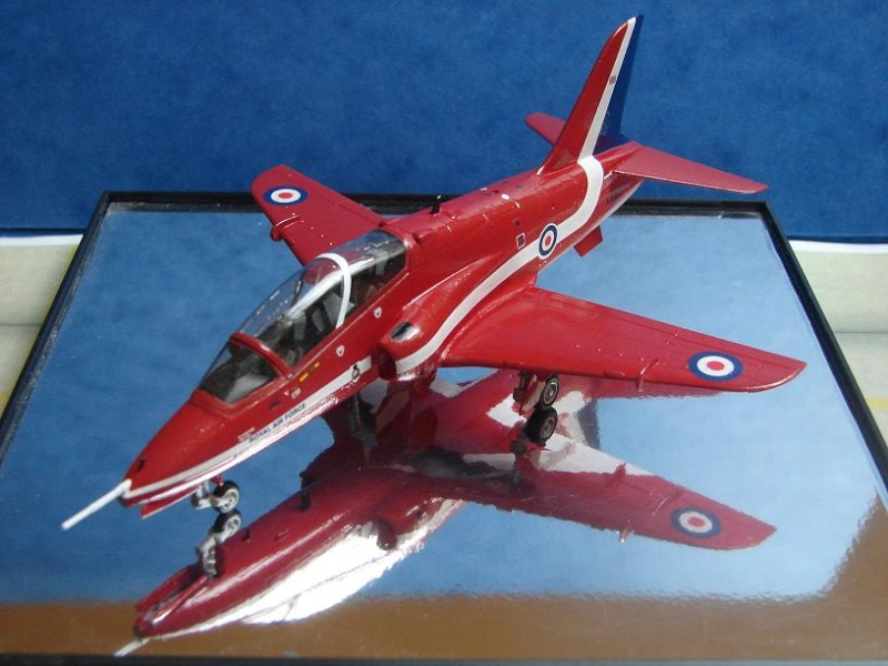 "BAe Hawk T. Mk I ""Red Arrows"" [Revell - 1/72] Dsc00123"