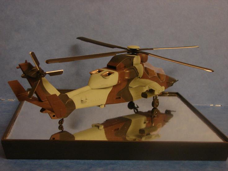 Eurocopter Tigre HAP [HobbyBoss - 1/72] Dsc00130