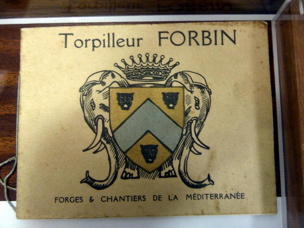 [Les vieux batiments] Torpilleur de 1500 tonnes FORBIN Livre_10