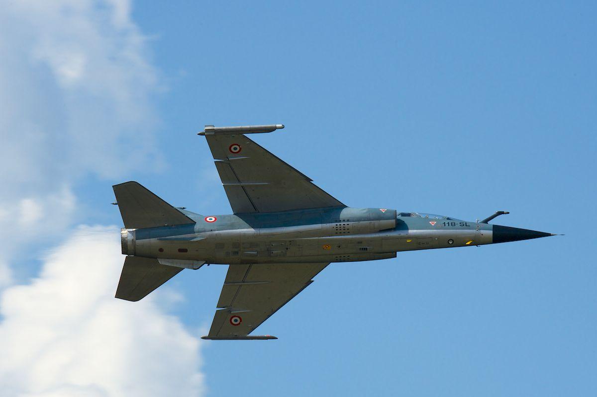 DEBRIEFING Retrait du F1 JEUDI 12 JUIN 2014  Mirage24
