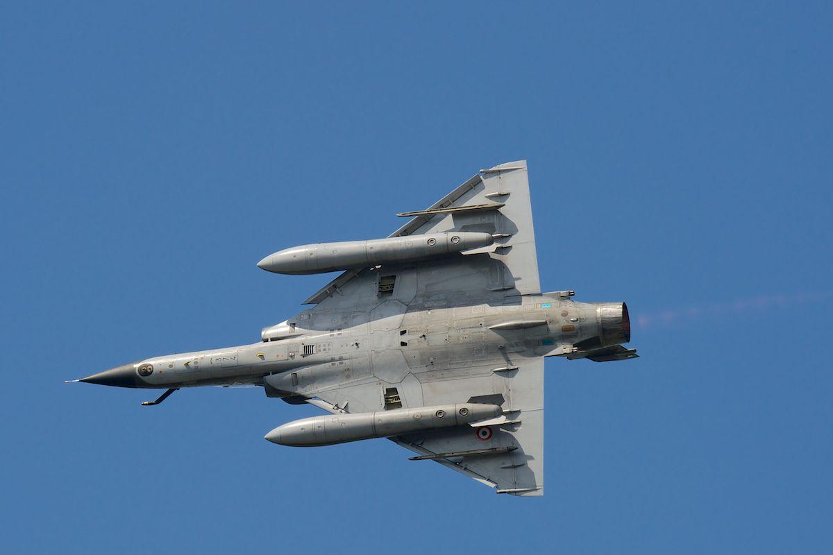 DEBRIEFING Retrait du F1 JEUDI 12 JUIN 2014  Mirage26