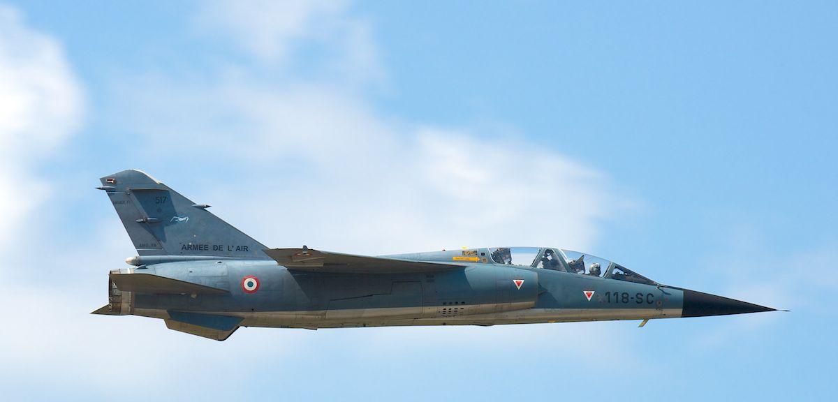 DEBRIEFING Retrait du F1 JEUDI 12 JUIN 2014  - Page 2 Mirage30