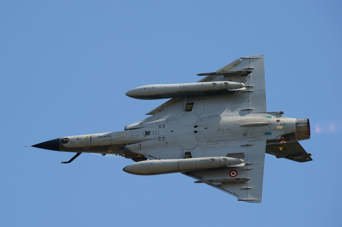 DEBRIEFING CAZAUX MEETING  21 et 22 juin Mirage33