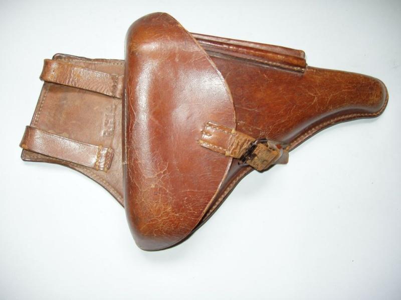 Les Luger commerciaux utilisés par l'armée impériale allemande et la Reich gendarmerie d'Alsace-Lorraine. Holste20