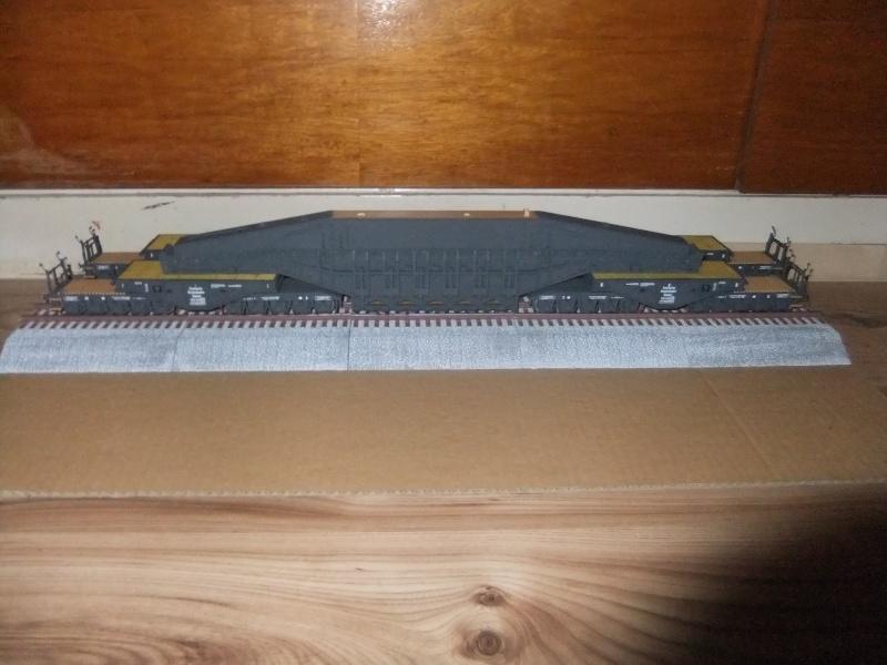 """Deutsches 80cm K(E) Eisenbahngeschütz """"Dora"""" in 1/72 von Hobby Boss - Seite 2 Dscf0911"""