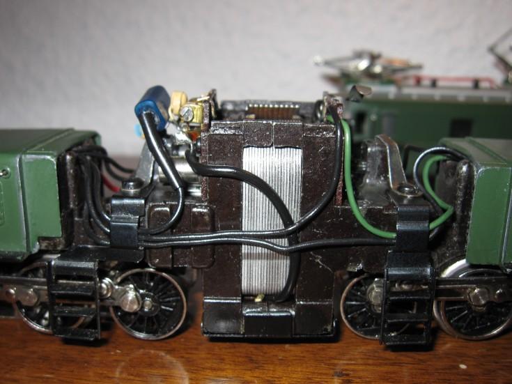 Récapitulatif sur les différents moteurs et leur digitalisation en 3 rails - Page 2 Beb5eb12