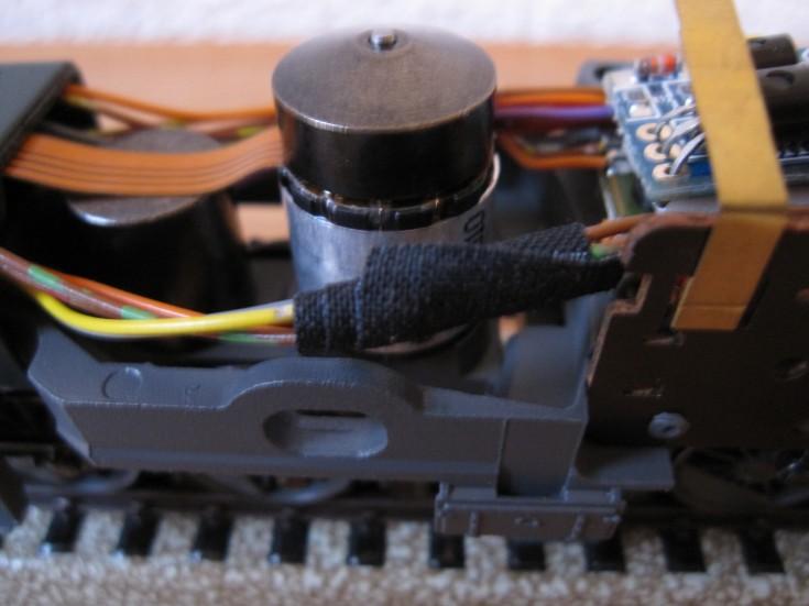 Récapitulatif sur les différents moteurs et leur digitalisation en 3 rails Db8a2111