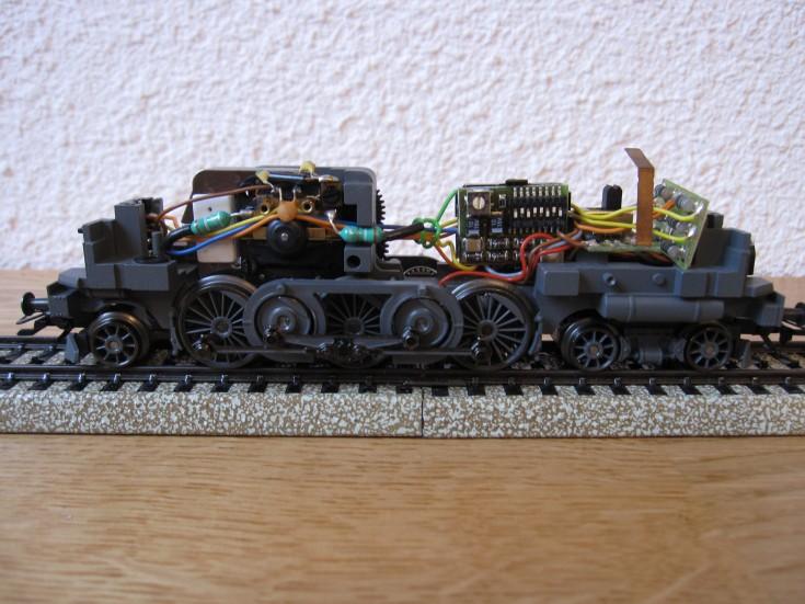 Récapitulatif sur les différents moteurs et leur digitalisation en 3 rails F4e96d10
