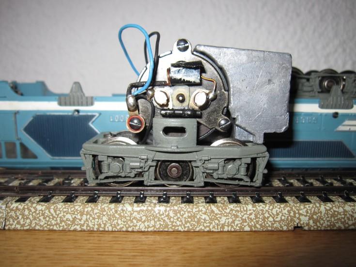 Récapitulatif sur les différents moteurs et leur digitalisation en 3 rails F823ab11