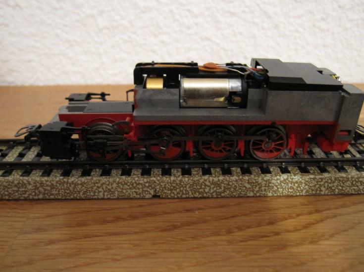 Récapitulatif sur les différents moteurs et leur digitalisation en 3 rails Img03912