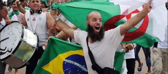 MONDIAL 2014, Incivisme des supporters algériens- Alors que la France  continue à faire l'autruche... Le Brésil ne tolère pas l'incivisme des algériens Cid_0810