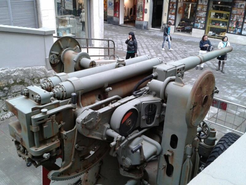 Italian Truck Mounted Anti-Aircraft Gun - Page 2 5121ah10