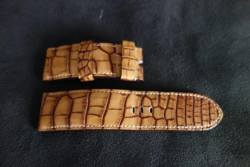 VENDU- merci OPF  Bracelet ABP Alligator Gold Dsc00022