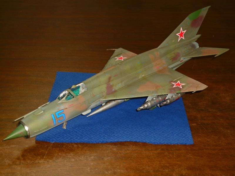 MiG-21 SMT Fishbed-K  [ EDUARD ] (Montage en cours) - Page 5 P1090115