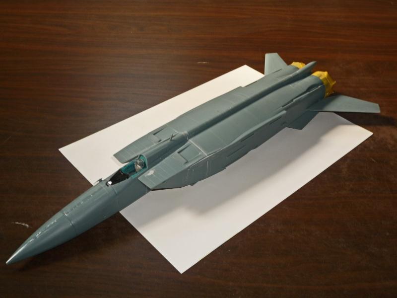 """MiG-25 PD/PDS """"Foxbat"""" (Kitty Hawk) - Page 2 P1090214"""