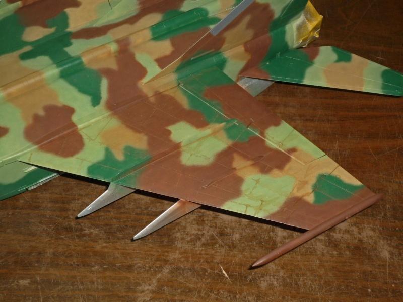 """MiG-25 PD/PDS """"Foxbat"""" (Kitty Hawk) - Page 2 P1090228"""