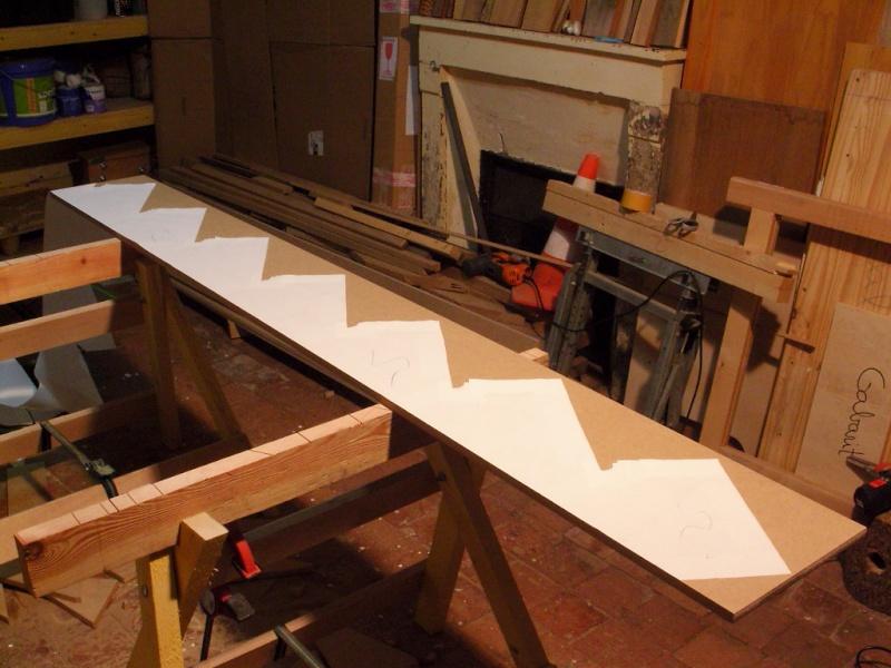 [Quelques réalisations] de Damien58 (plinthes escaliers, kaplas, volets atelier, meuble escalier, volets réno) Snb13810