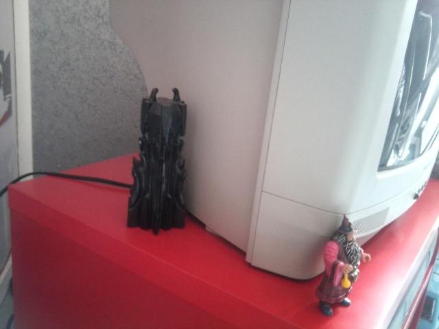 Les différentes  collections  de Quentin ( Sauron 44) .  Phot1030