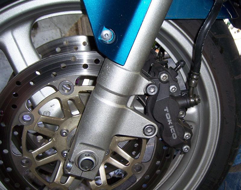 1000 VTR F - Amélioration du freinage 100_4516