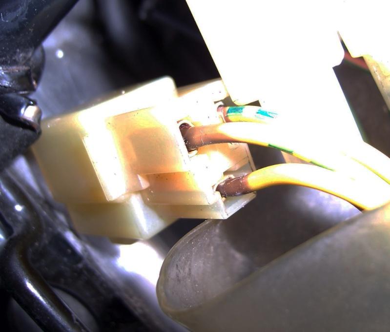 [Résolu] VTR 1000 F - Problème de charge 100_4613