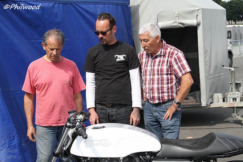 [Sorties] Café Racer Festival. Montlhéry 21 et 22 jui 2014. - Page 2 Img_2315