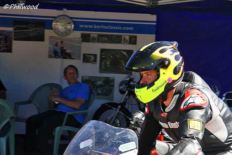 [Sorties] Café Racer Festival. Montlhéry 21 et 22 jui 2014. - Page 4 Img_2524